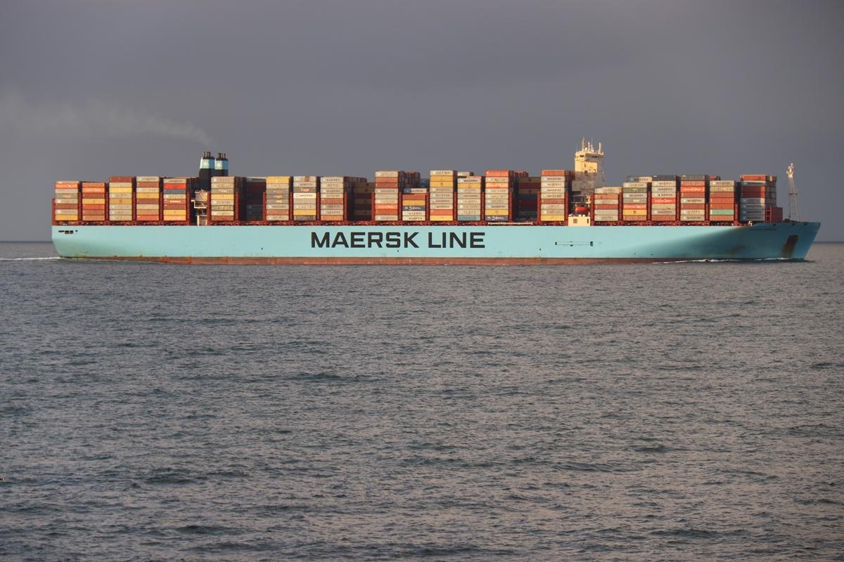20190514 Registerloodsen containerschip